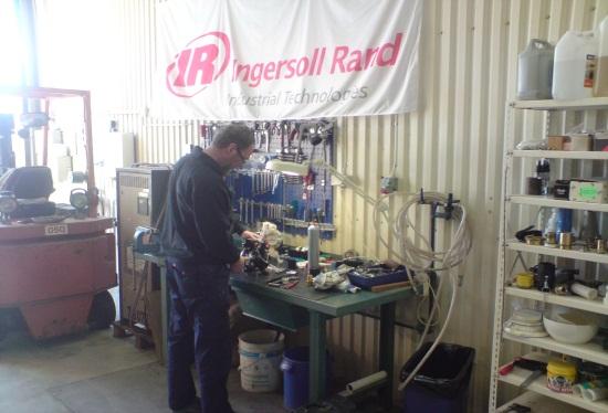 Service av pumpar och omrörare